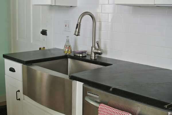 soapstone countertops | Burritos & Bubbly