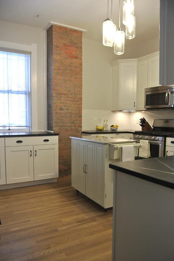 closer to done: urban farmhouse kitchen reno | Burritos & Bubbly