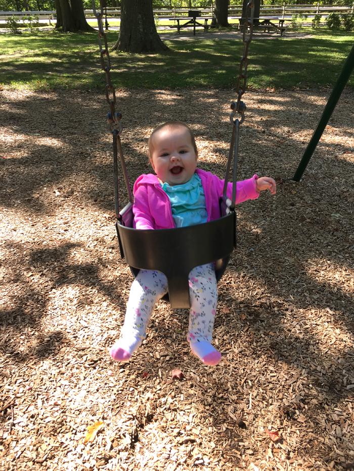 joey-swings